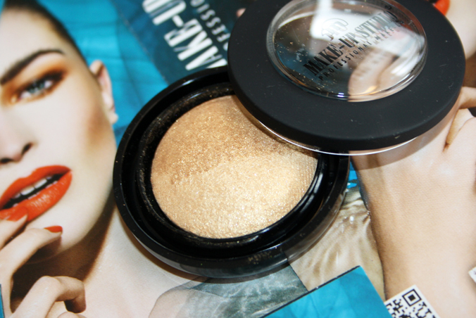 Eyeshadow Lumière Duo Paint it Gold open