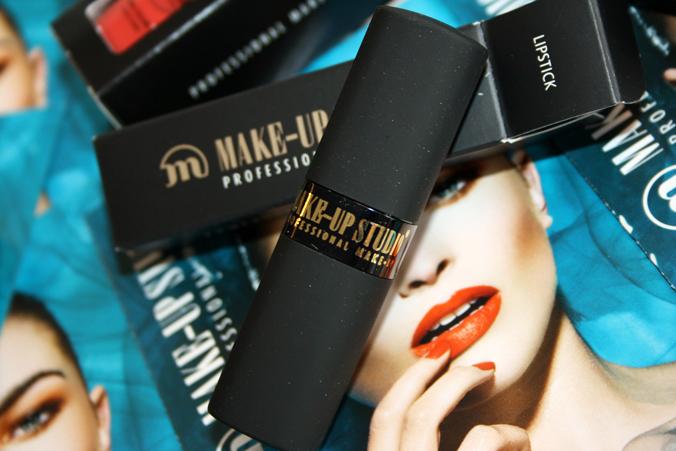 Obivous Orange lipstick Make-up Studio