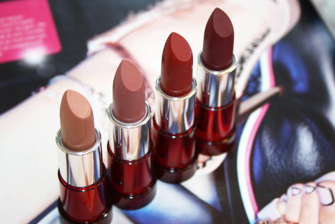 Yves Rocher Cherry Oil Lipsticks bruin
