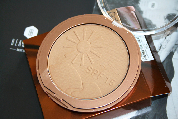 Beautybox mei 2014 - Golden Rose Bronzing Powder open