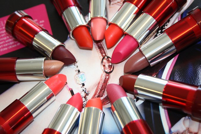 Yves Rocher Cherry Oil Lipsticks